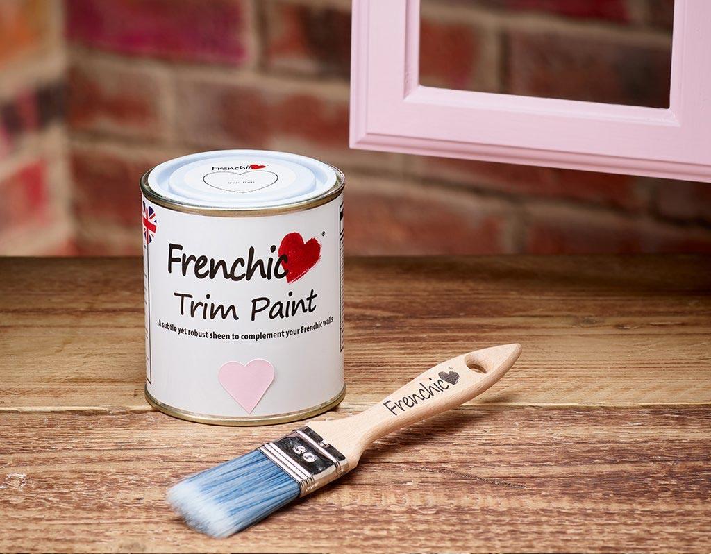 Χρώμα Κιμωλίας με Σατινέ Φινίρισμα-Trim Paint